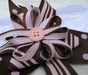 Brown_pink_bow_blog