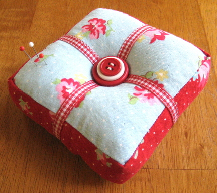 Red_blue_cushion_blog